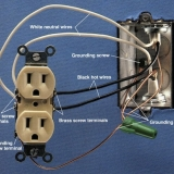 Two-Wire-Outlet